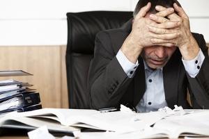 Sie sind unsicher, wie Sie den Antrag auf Vollstreckung richtig ausfüllen? Ein Anwalt hilft Ihnen dabei.