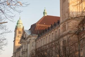 Der Antrag für ein Insolvenzverfahren wird beim Amtsgericht eingereicht.