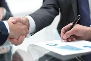 Auto anmelden bei einer Privatinsolvenz: Auch eine Kfz-Versicherung muss abgeschlossen werden.