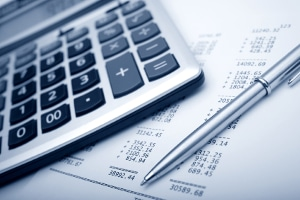 Die ehrenamtliche Schuldnerberatung hilft z. B. bei der Analyse der finanziellen Situation.