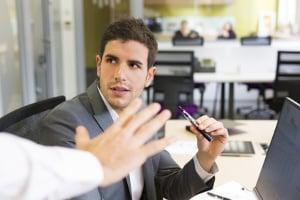 Erfährt der Arbeitgeber eigentlich von der Privatinsolvenz?