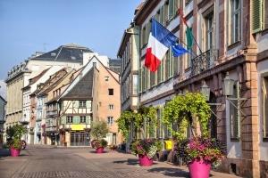 Bei einer EU-Insolvenz in Frankreich fallen keine Gerichtskosten an.