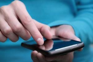 In den Haushaltsplan können Sie Kosten für Einkäufe direkt eintragen, wenn Sie eine Smartphone-App verwenden.
