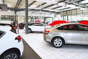 Autohaus in der Insolvenz: Die Versteigerung von Autos ist eine gute Gelegenheit für andere Händler und Privatpersonen, günstig Fahrzeuge zu erwerben.