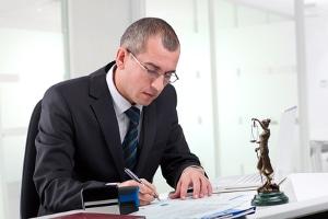 Wer zahlt die Kosten für den Insolvenzverwalter bei einer Privatinsolvenz?