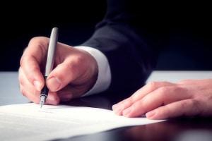 Bei der Lohnabtretungserklärung kann es sich um einen eigenständigen Vertrag handeln oder um eine Zusatzabrede in einem anderen Vertrag.