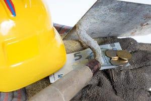 Zu den von einer Masseunzulänglichkeit betroffenen Masseverbindlichkeiten können z. B. Gehälter und Mietkosten gehören.