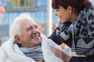 Pfändung von Pflegegeld: Ist es pfändbar? Einige Sozialleistungen, darunter auch das Pflegegeld, unterliegen dem Pfändungsschutz.
