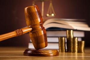 Bei der Pfändung beschlagnahmt der Gerichtsvollzieher das Vermögen des Schuldners.