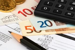 Geben Sie in den Pfändungsrechner nicht den Brutto-Verdienst ein, sondern Ihr Nettoeinkommen.