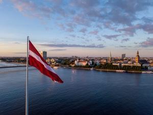 Unter Umständen gelingt es auch mithilfe einer Privatinsolvenz in Lettland, schuldenfrei zu werden in 6 Monaten.