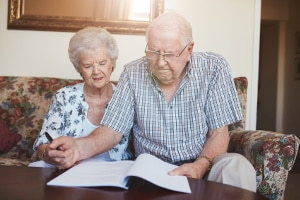 Privatinsolvenz: Auch für Rentner kann dies eine Möglichkeit sein, ihre Schulden abzubauen.