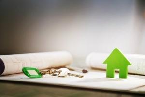 Scheidung: Ist das Haus mit Schulden belastet, zahlen die Eheleute unter Umständen je die Hälfte des Kredites.