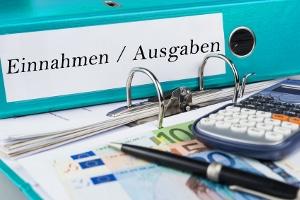 Die Basis, um Schulden zu vermeiden, bildet das Haushaltsbuch.