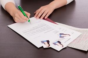 Schuldenbereinigungsplan: Die Vorlage erhalten Sie mit den Antragsformularen.