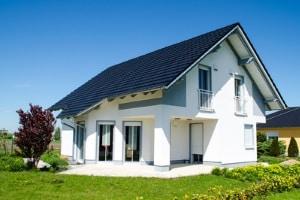 Schuldenfalle Immobilien: Ein Eigenheim zu besitzen ist zwar verlockend, sollte jedoch gut durchgerechnet werden.