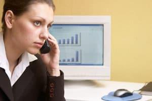 Manche Beratungsstellen bieten auch eine telefonische Schuldnerberatung an.