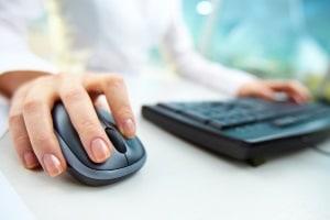 Mit nur wenigen Klicks können Sie Bedingungen für die Umschuldung online vergleichen.