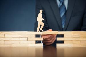 Für die Unternehmenssanierung sollte ein externer Sanierungsexperte ins Boot geholt werden.