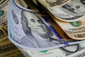 Wie hoch die Verfahrenskosten bei einer Privatinsolvenz ausfallen, hängt davon ab, wie viel Schuldnervermögen vorhanden ist.