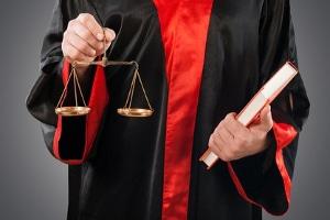 Wegen Schulden ins Gefängnis müssen auch Verurteilte, die ihre Geldstrafe nicht bezahlen können.