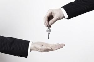 Die Wohnungsöffnung durch  den Gerichtsvollzieher ist möglich, wenn ein richterlicher Beschluss vorliegt.