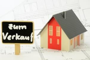 Von Zwangsvollstreckung betroffene Immobilien kaufen: Dabei ist einiges zu beachten!